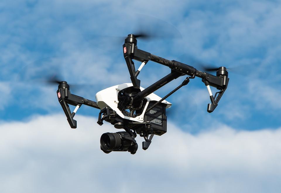 drone-1080844_960_720